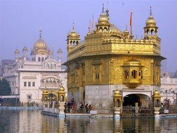 Kashmir Tour with Amritsar from Kolkata